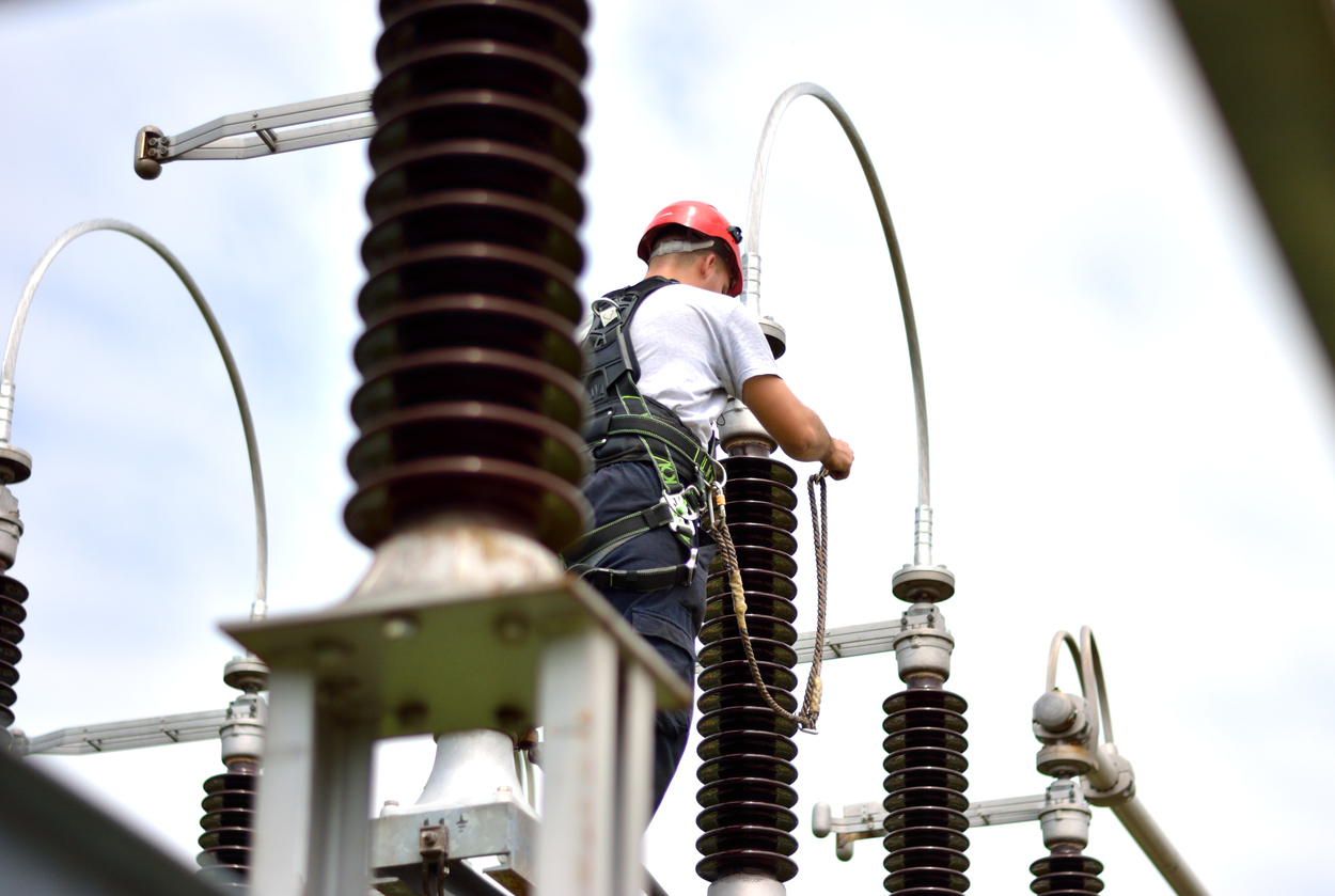 مهندسی تاسیسات برقی